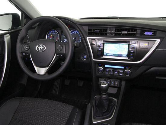 2013 Toyota Auris yorumları ve şikayetleri